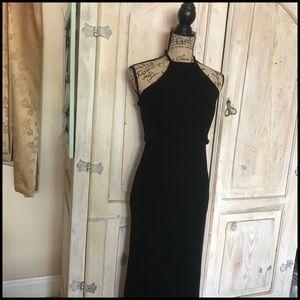 HALTER DRESS 🖤